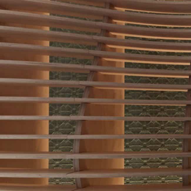 מדפי עץ חתוכים בטכנולוגיית CNC