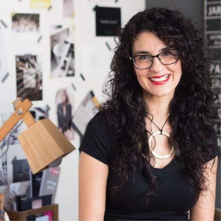 מעצבת פנים רויטל רודצקי ממליצה על הקורסים של שרון אלה