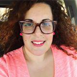 מעצבת פנים דנה פרץ מרקו ממליצה על קורס ספריית החומרים של שרון