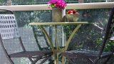 שולחן קפה ביסטרו במרפסת דירה תל אביבית